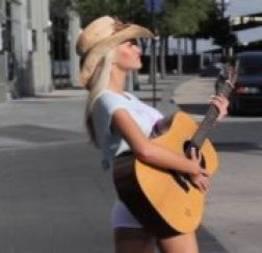 Taylor seinturier fotos e vídeo da playboy