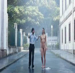 Paolla oliveira em cenas do filme budapeste