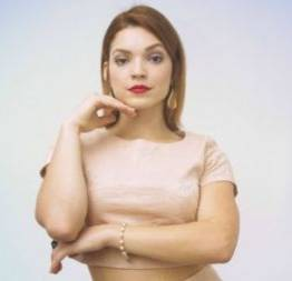 Laise leal pelada em cena de sexo no curta contracorrente