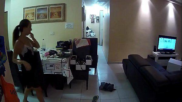 Esposa Vagabunda Marido saiu de casa e teve uma surpresa nas cameras