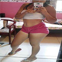 Mirela Pedroso safadinha gostosa exibindo a xereca no banho