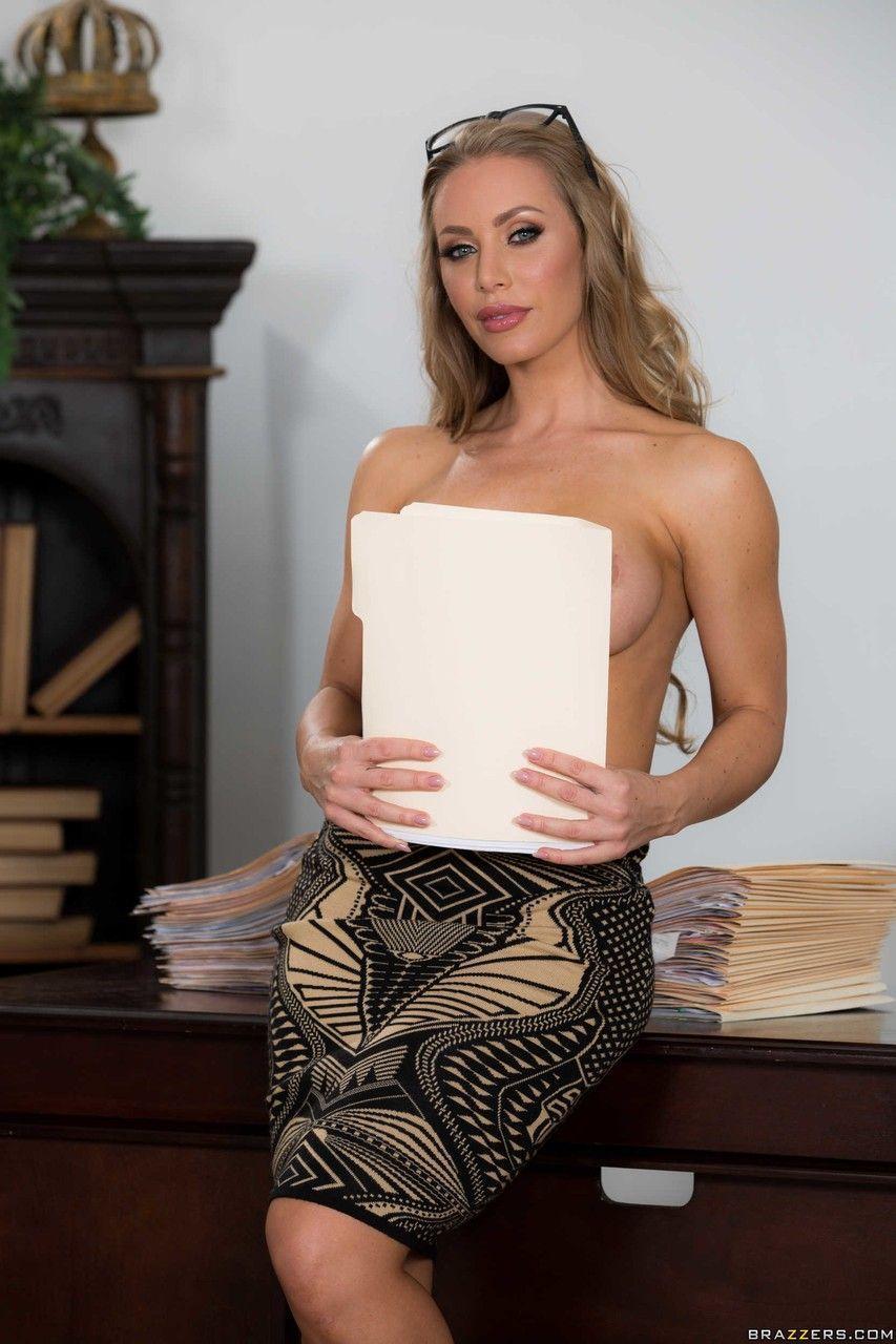 Nicole secretaria de luxo