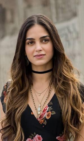Melissa Barrera atriz mexicana fazendo suruba - Famosas Tube