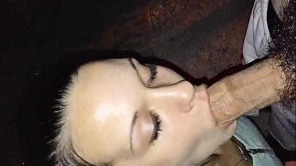 Minha puta gosta de chupar os amigos - Novinhas do Sexo