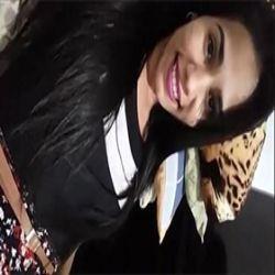 Fernanda caiu na net tirando a virgindade com o dedo depois da formatura