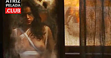 Michelle Rodriguez nua no filme The Assignment