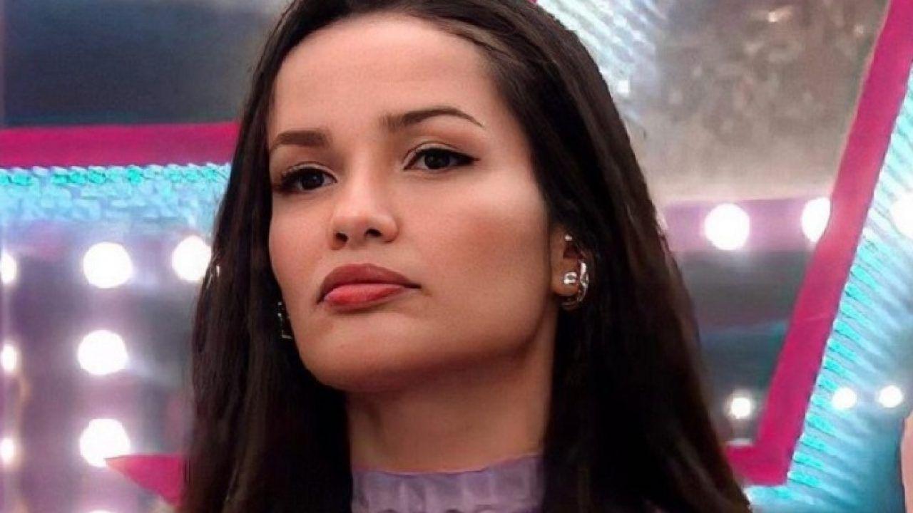 Juliette freire do bbb21 pagando peitinho - Novinha do zap safada