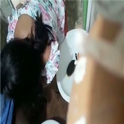 Minha cunhada dando uma mamada escondido da irmã dela