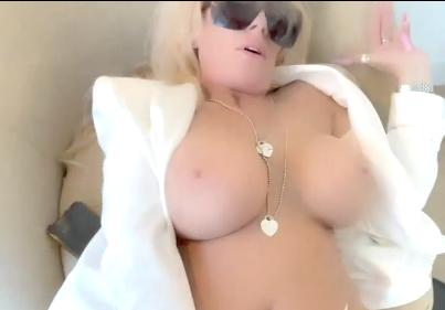 chefe tacou pirocada na putinha branca - Xvideos Porno online - Assistir Porno Grátis