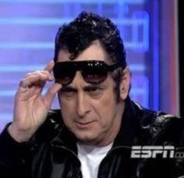 Você viu que o Elvis continua aprontando?