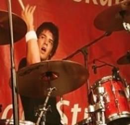 Conheça Cobus, um dos melhores bateristas do mundo