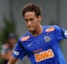 Neymar não precisa deixar o Brasil, afirma Felipão