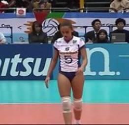 Volleyball com brasileiras mostrando a xoxota ate o talo que gostosas