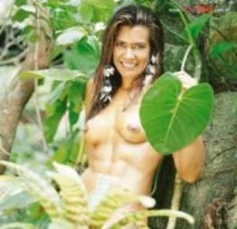 Solange Frazão a gata do fitness e personal trainer pelada na Sexy