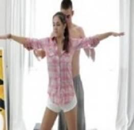 Adolescente peituda fodendo com professor em aula de Yoga erótica