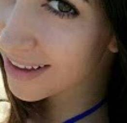 Amanda novinha linda é terrível chifrou o namorado com amigos da escola