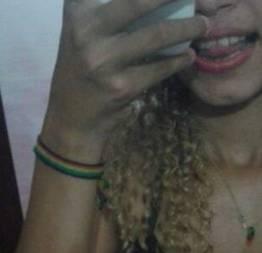 Loirinha rabuda  mandou nudes para seu ficante  e caiu no whatsapp