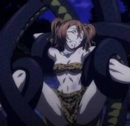 Presa por uma cobra