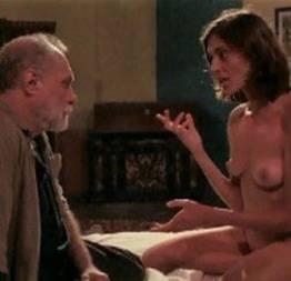 Joana medeiros pelada no filme harmada