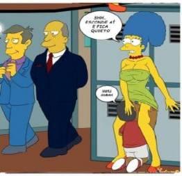 Marge de putaria com aluno dentro da escola