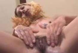 Funkeira safadinha topou fazer um vídeo pornô