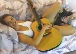 Cantora famosa caiu na net fazendo sexo