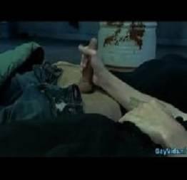 Gay safados fazendo boquete na frente dos seus amigos - Videos Caseiros Gratis