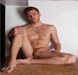 Ruivo faz sexo com policial gay que curte um branquinho