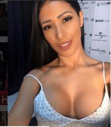 Fotos da cantora Simaria pelada