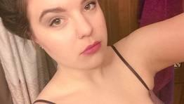 Novinha linda mandou nudes e caiu na net