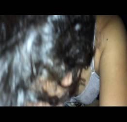 Novinha tímida caprichando na pica do namorado