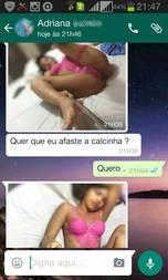 Adriana Carioca danada tirando fotos cm pau de self
