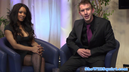 Pornstar Kiki Minaj fodida em um programa de TV