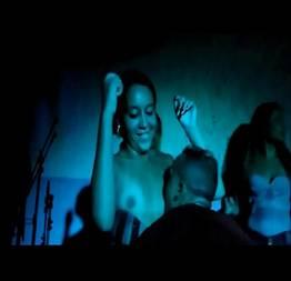 Safada causou muito no baile funk