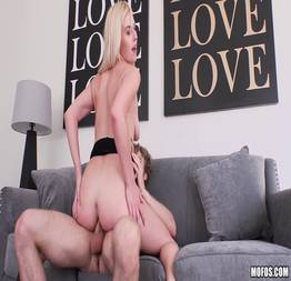 Dando o traseiro por uma vaga na multinacional - Porno Anal HD