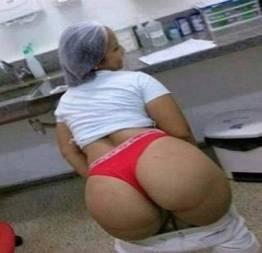 Enfermeira bunduda caiu dando o cuzinho