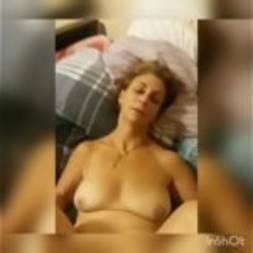 Madura safada fazendo sexo