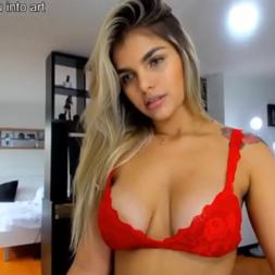 Novinha tesão latinha se exibindo na webcam peladinha