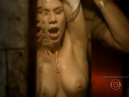 Mariana Ximenes nua no quadro