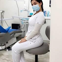 Dentista vazou na net dando a buceta pra paciente
