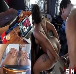 Jogo de sexo anal em cima da cadeira