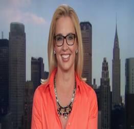 Laurie dhue jornalista e apresentadora americana vazou na net pelada