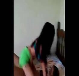 Amigas virgens mostrando como vão fuder um dia