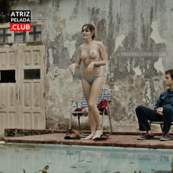 Debora Secco SÓ DE CALCINHA no filme 'Boa Sorte'