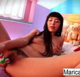Marica Hase brincando sozinha - Condor Sexy