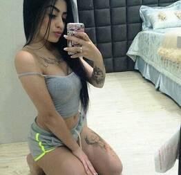 Tatuada safada postou video porno no grupo dos amigos