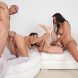 Jhoany Wilker e Perla Rios com dois machos safados