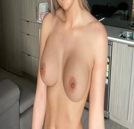 Oh Istepô: Nudes da loira safada Amadora.