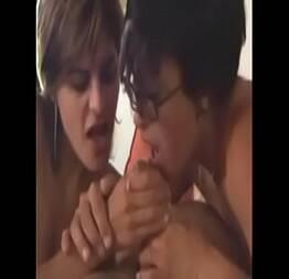 Madura se prostitui junto com a sua filha