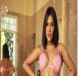 De lingerie, Flay posa sensual e deixa bumbum gigante à mostra | Fotos das mais gostosas